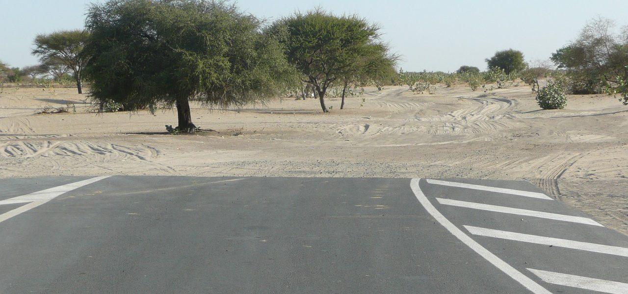 road-696570_1280